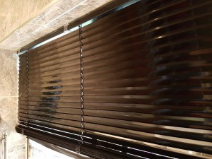 Isotra blinds